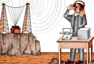 如何从麦克斯韦方程组推出电磁波?
