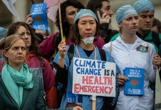 谴责气候活动人士拯救不了地球