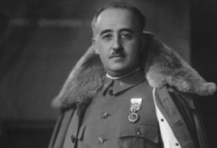西班牙独裁者佛朗哥:迁葬遗骸的政治争议