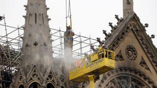 法国应当复原巴黎圣母院吗