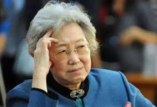 资中筠:不要去和不思考的人争论!