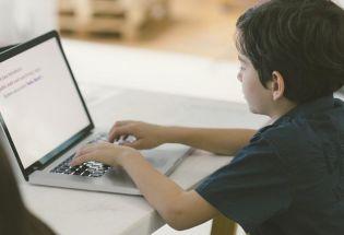 """""""熊孩子""""乱敲键盘攻破了Linux桌面,怎么做到的?"""