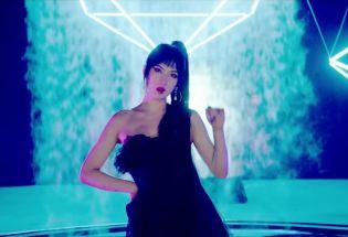 """财富与特权:""""华为公主""""姚安娜娱乐圈出道引争议"""