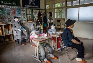 在这个日本村庄,人偶比活人多