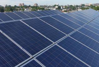 法国城市自夸用上太阳能,6个月后才发现没插电
