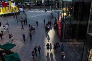 地摊经济:经济本质、秩序审美以及城市目的