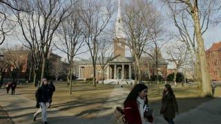 高举轻放?——美政府发布对中国留学生禁令后的72小时