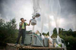 """让朝鲜愤怒,让韩国头疼:飞越国境的""""气球传单"""""""