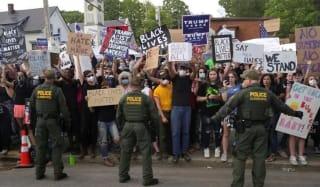 2020年大选:愤怒者之间的较量