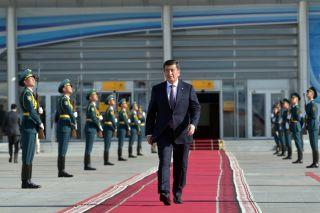 吉尔吉斯斯坦总统在抗议中宣布辞职,称不愿屠杀民众