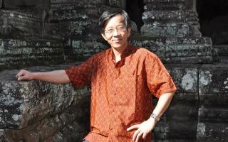 陶东风:一个英雄写的反英雄的武汉故事——从弱水吟的诗说到见证文学