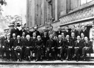 一流物理学的传承与发展:文化、学派、风格和诺奖