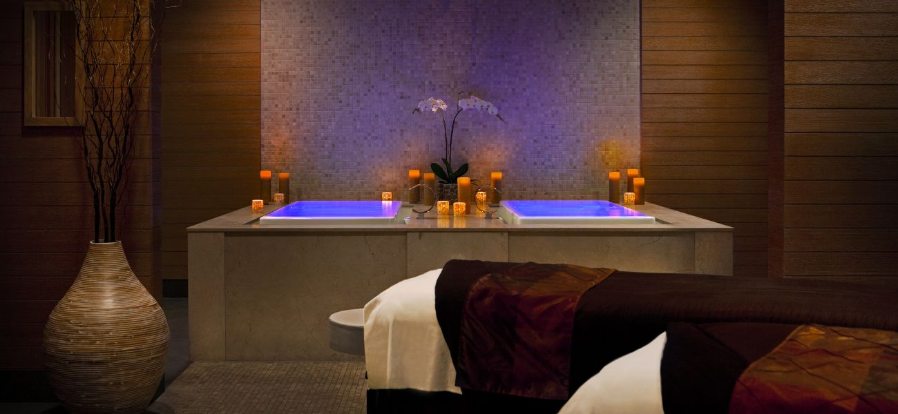 Luxury Spa Bath & Massage Tables