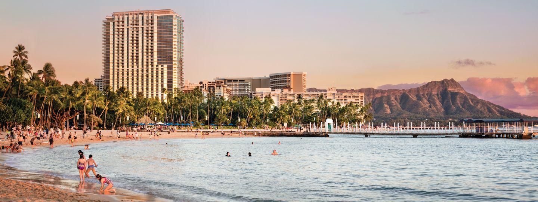Waikiki Beach near Trump Hotel