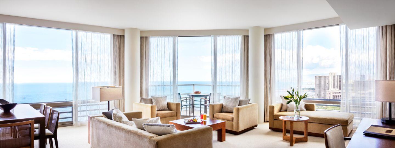 Spacious Waikiki Hotel Suite
