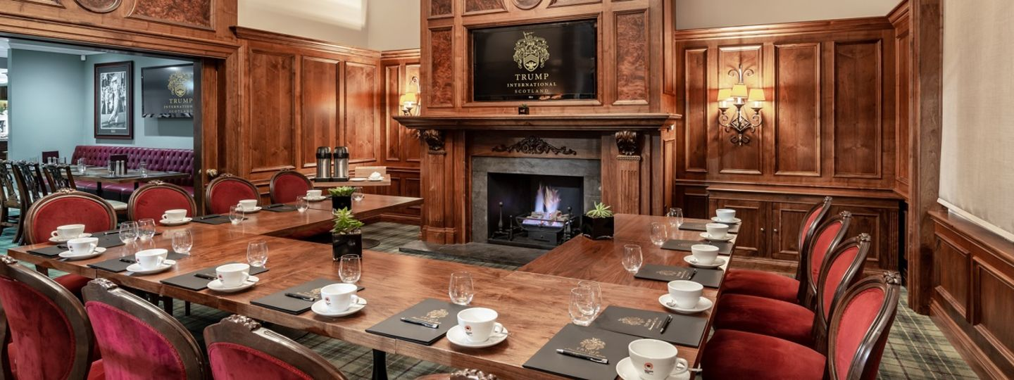 MacLeod House and Lodge private dining area for meetings