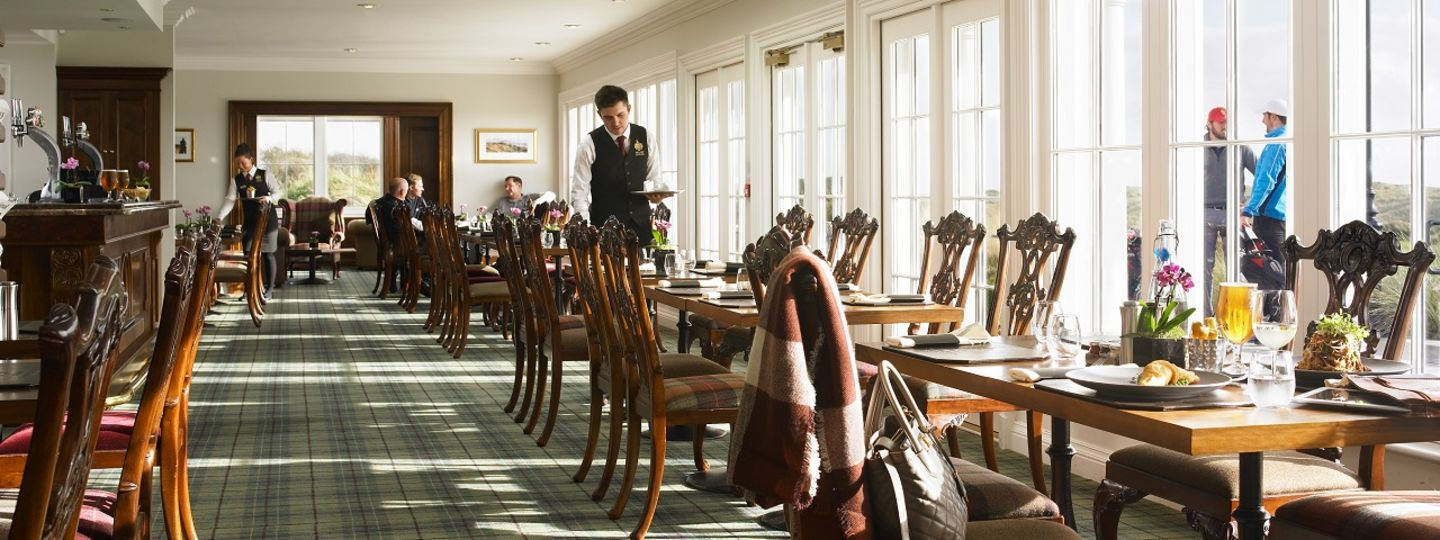 MacLeod House and Lodge dining room overlooking golf course