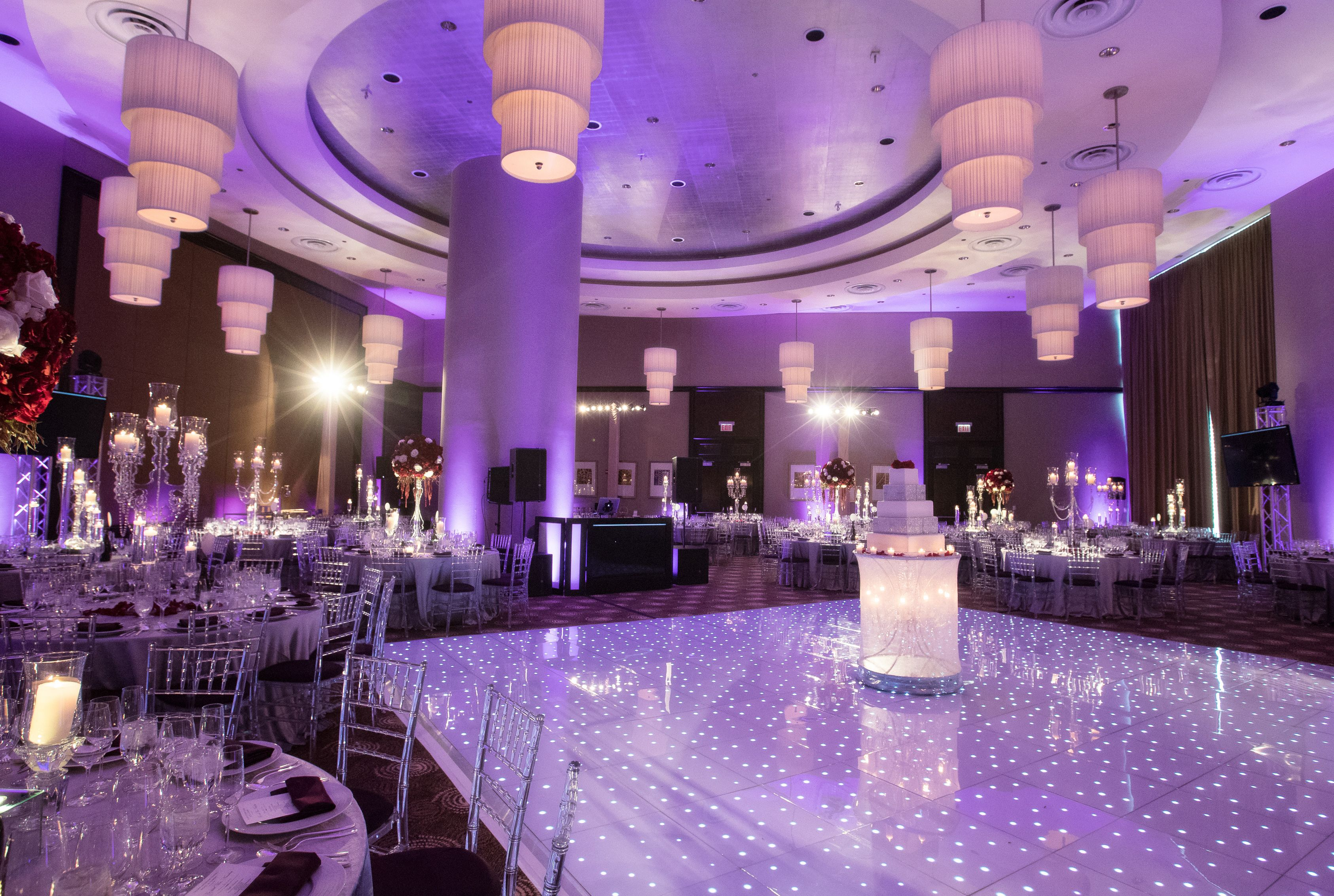 Large Wedding Reception Venue & Dancefloor
