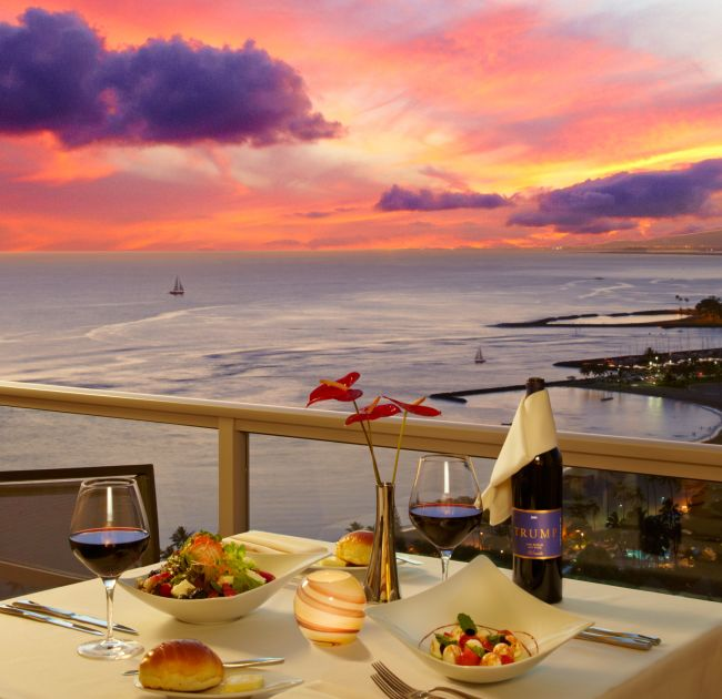 Outdoor Dining with Sunset Ocean View