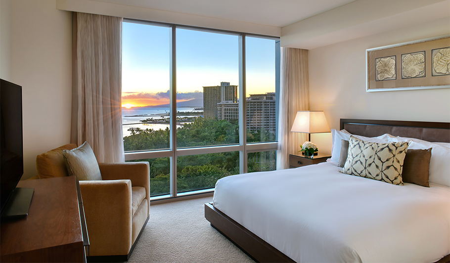 Trump Waikiki guest room overlooking the ocean