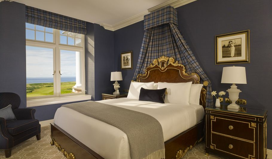 Trump Turnberry King Suite with Ocean View