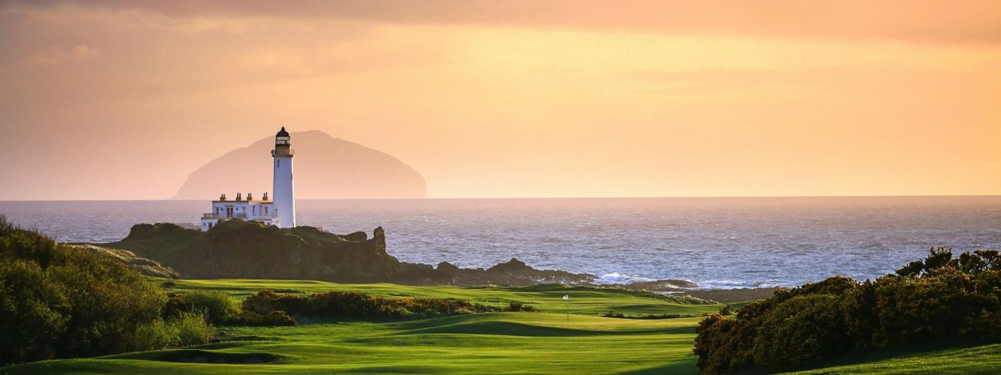 Trump Turnberry lighthouse and ocean