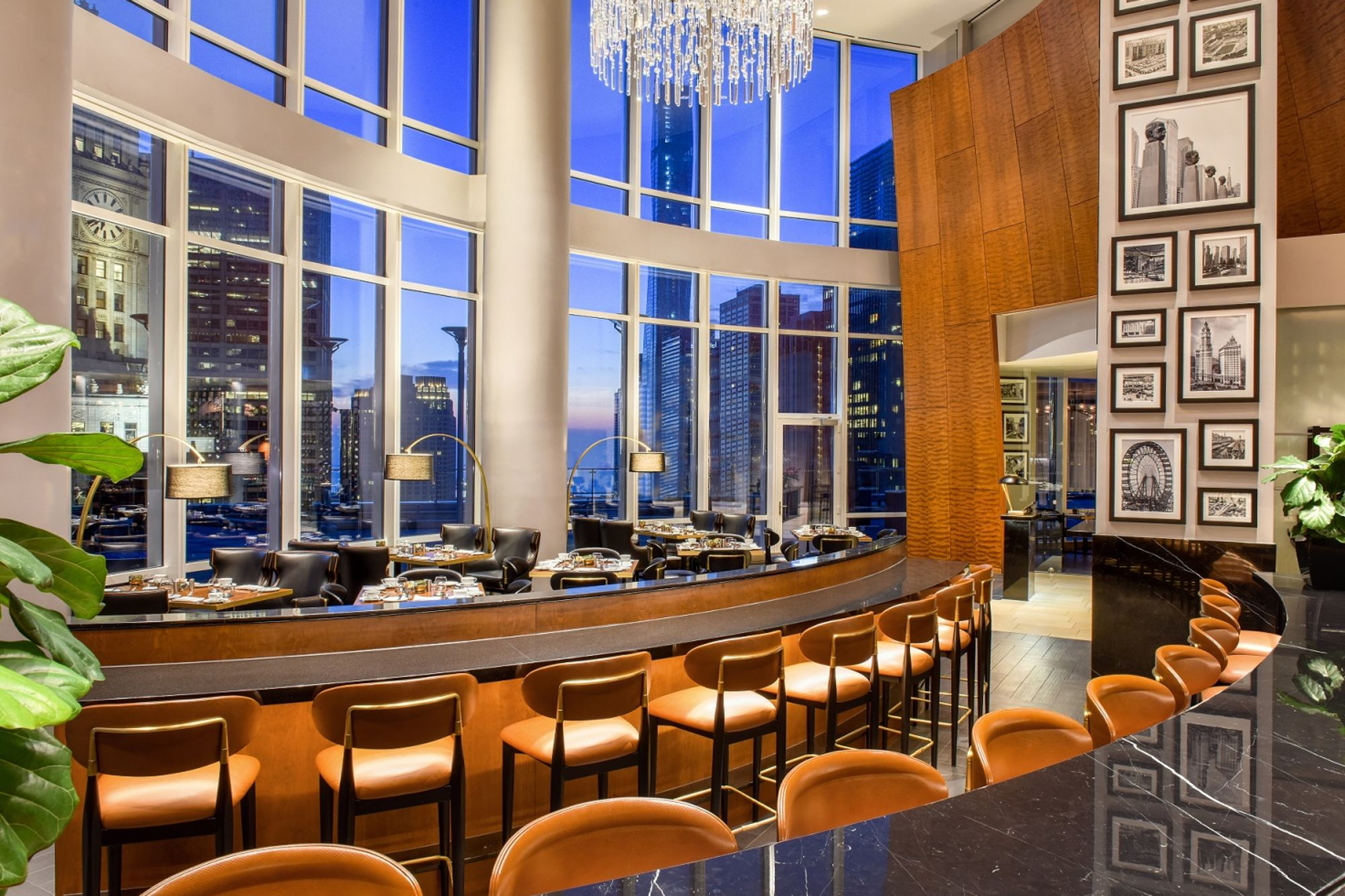 Trump Chicago Terrace 16 Bar Dining