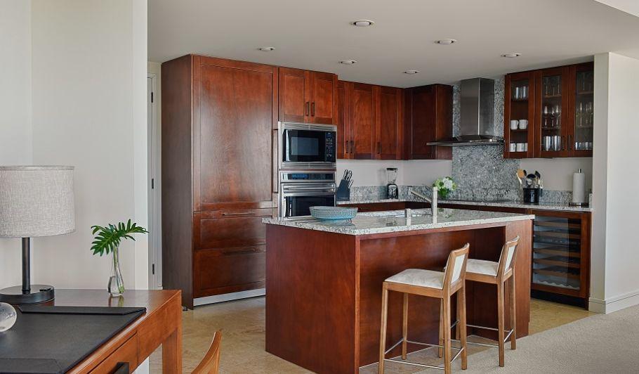 Suite Kitchenette in Waikiki