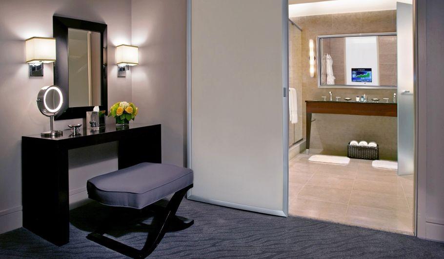 Astounding 2 Bedroom Suites In Chicago Trump Chicago Signature Download Free Architecture Designs Philgrimeyleaguecom