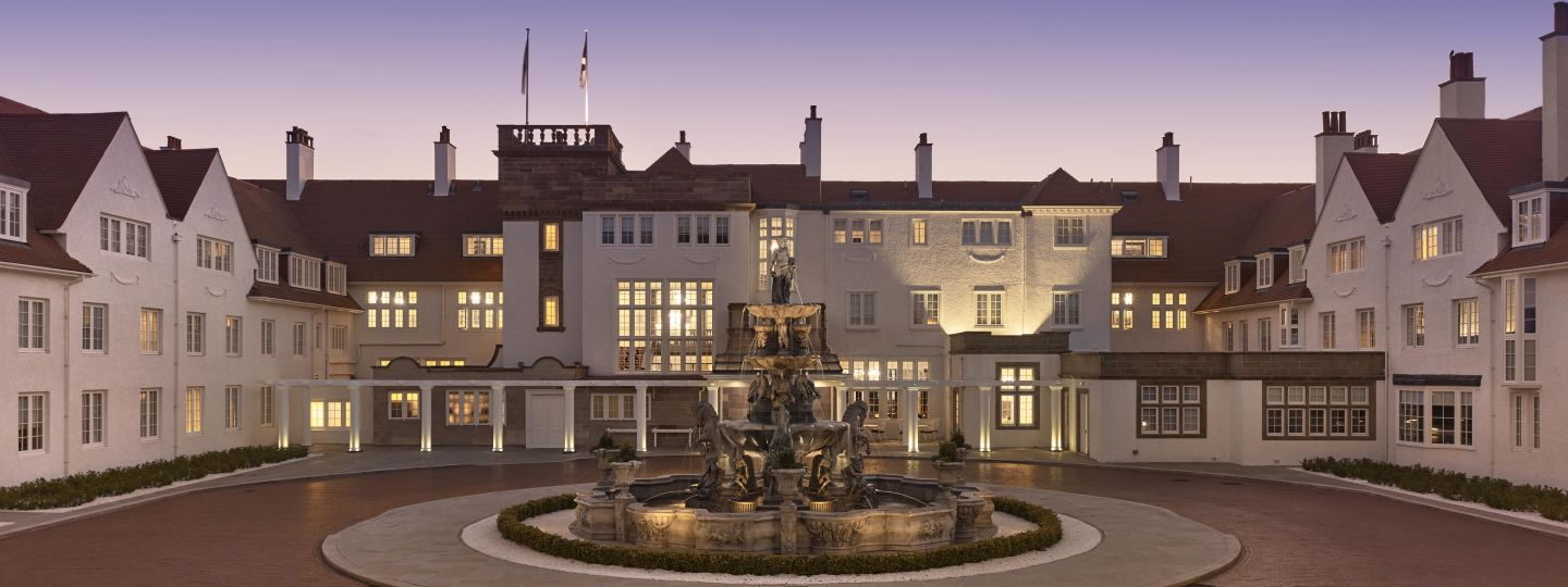 Trump Turnberry Driveway & Fountain