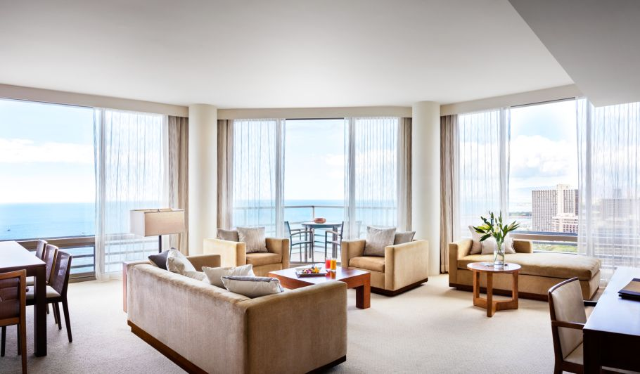 Hotel Living Area & Wrap Around Balcony