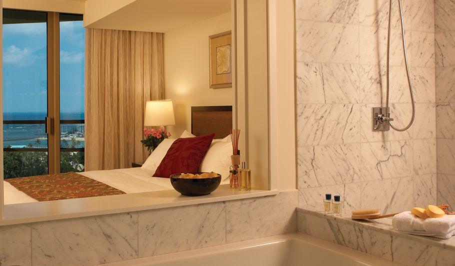 Luxury Hotel Room & Bath
