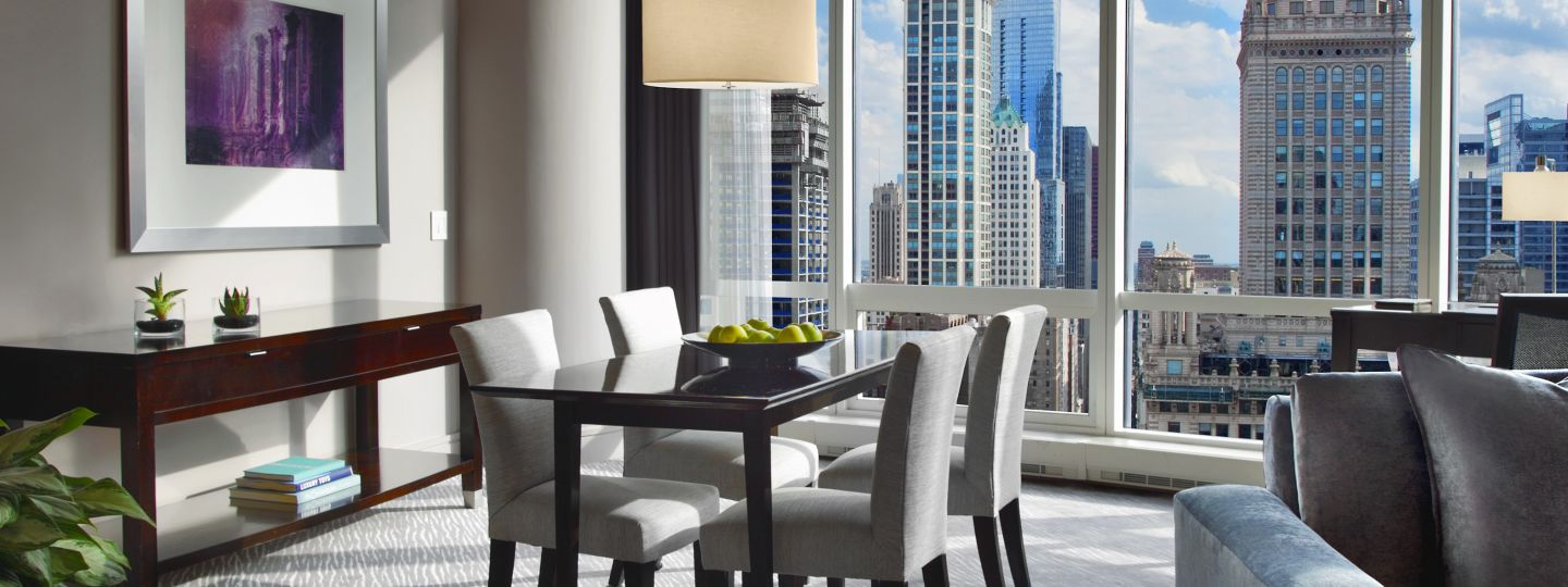 2 Bedroom Suites In Chicago Trump Chicago Signature Suites Downtown Chicago Suites