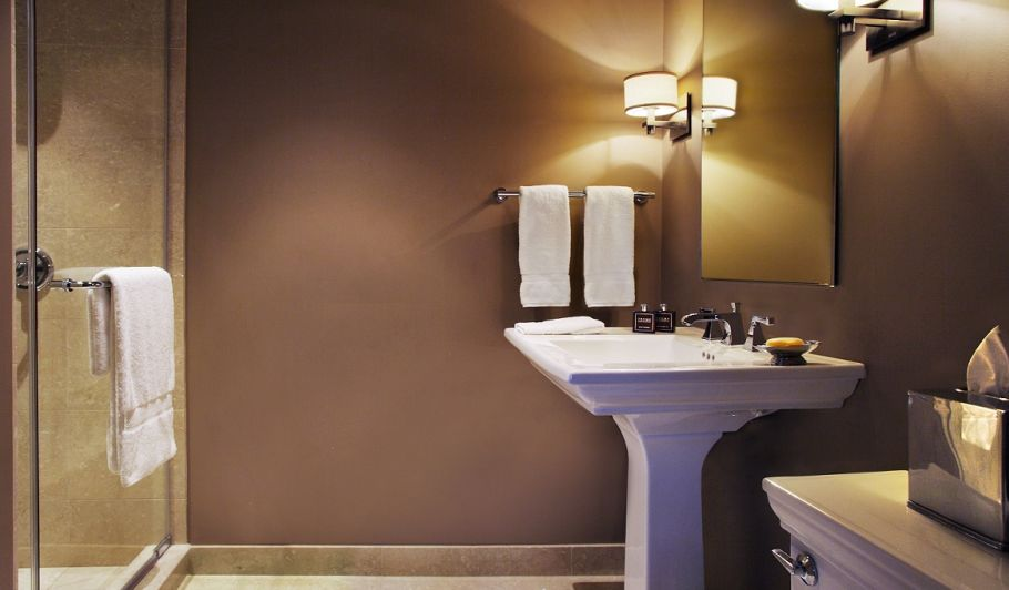 Trump Chicago Suite Bathroom with Shower