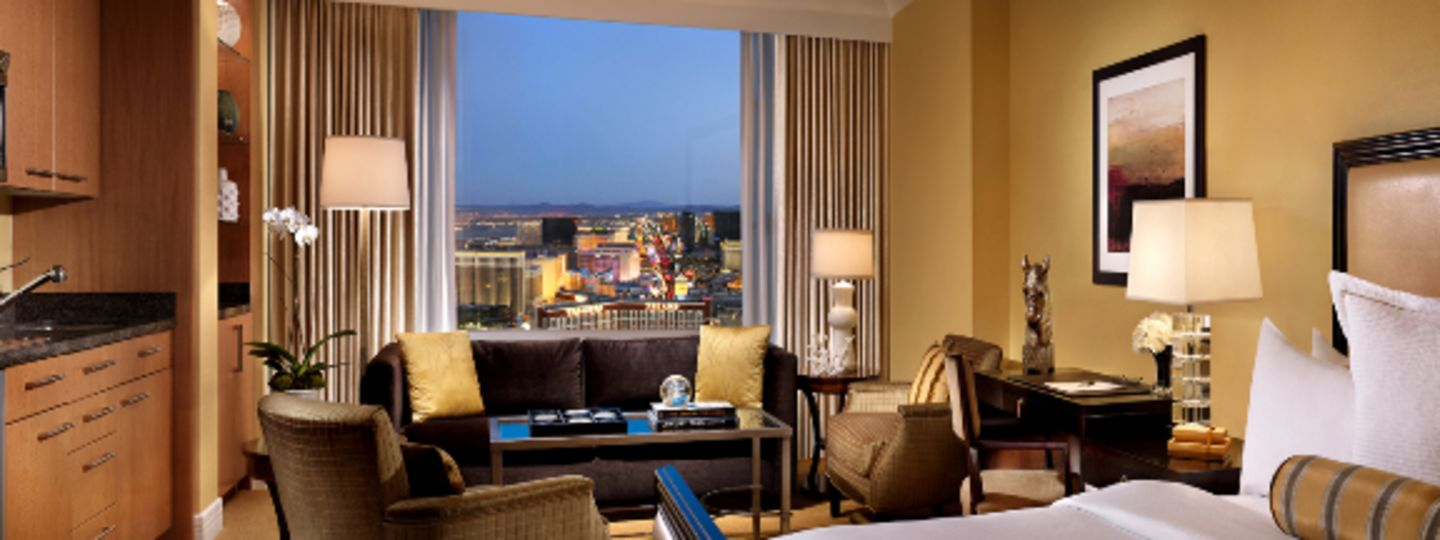 Las Vegas Accommodations Trump Las Vegas Deluxe Rooms Fashion Show Mall Hotels