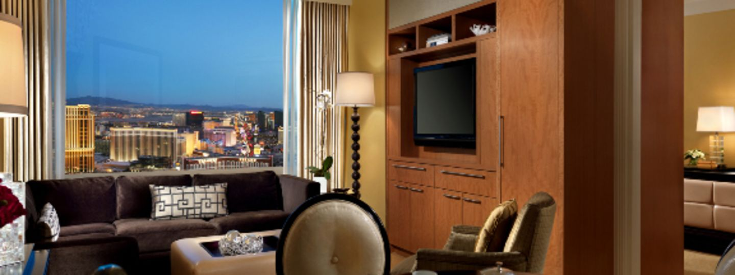 Las Vegas Hotel Suite with City View
