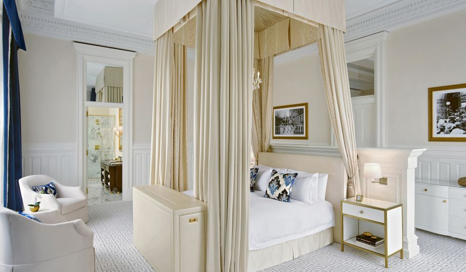 King Bed Suite With Beige Canopy