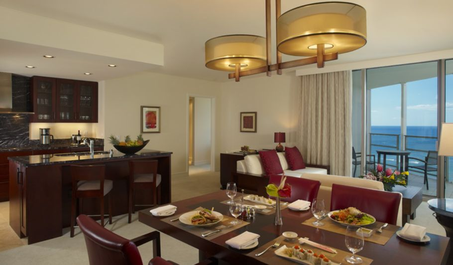 Hotel Suite Dining Table & Living Area