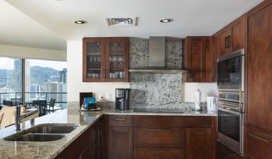 waikiki in suite kitchen