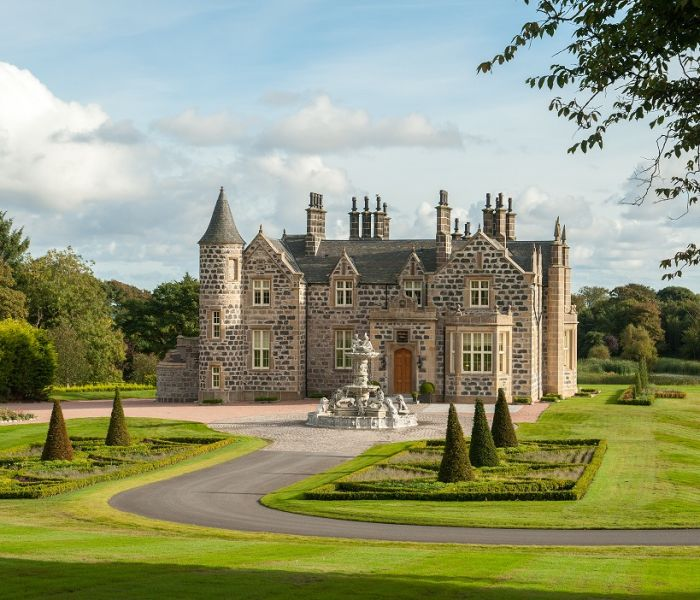 Trump MacLeod House & Lodge, Scotland