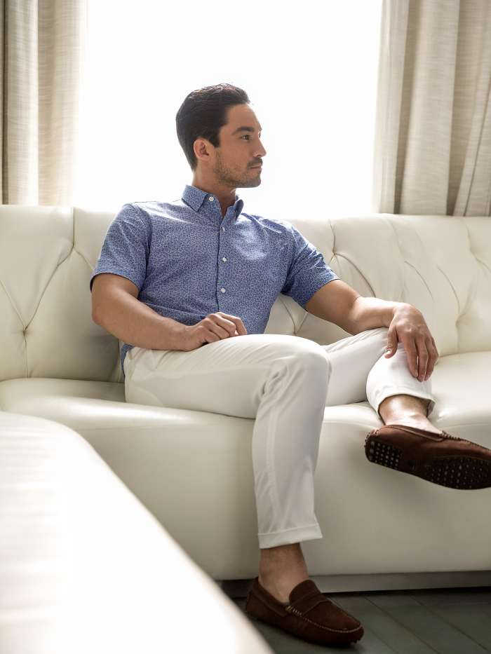 Short sleeve button down look