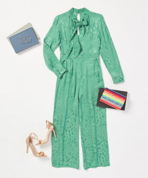 A Women's Outfit Guide to Summer Graduations