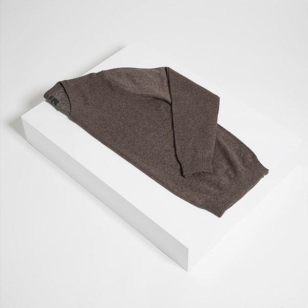mens-v-neck-sweater