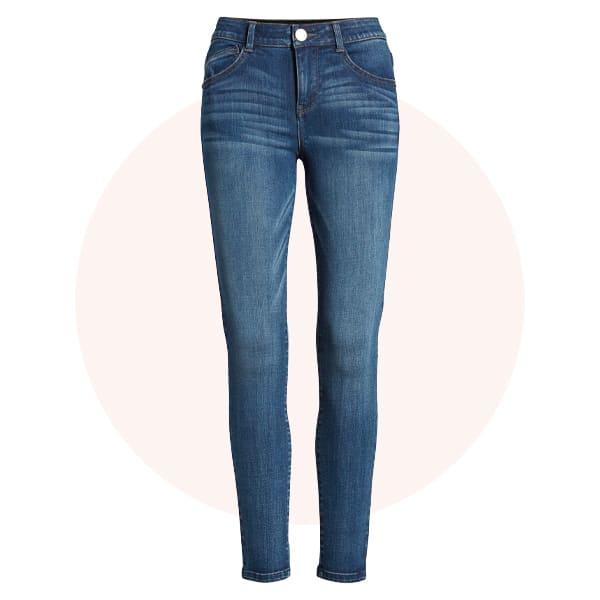 Slim or skinny jeans