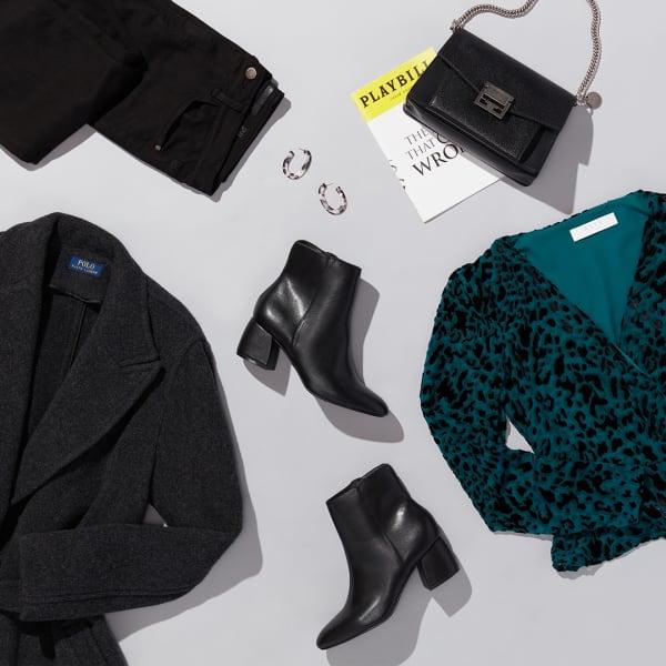 Women's theater outfit: blazer, boots and dark denim