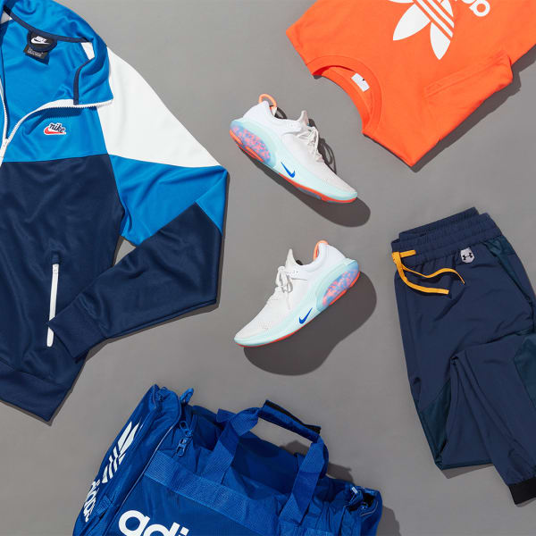Men's colorful winter activewear outfit