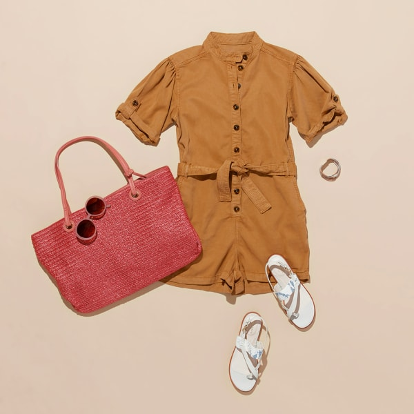 Women's romper and sandals outfit
