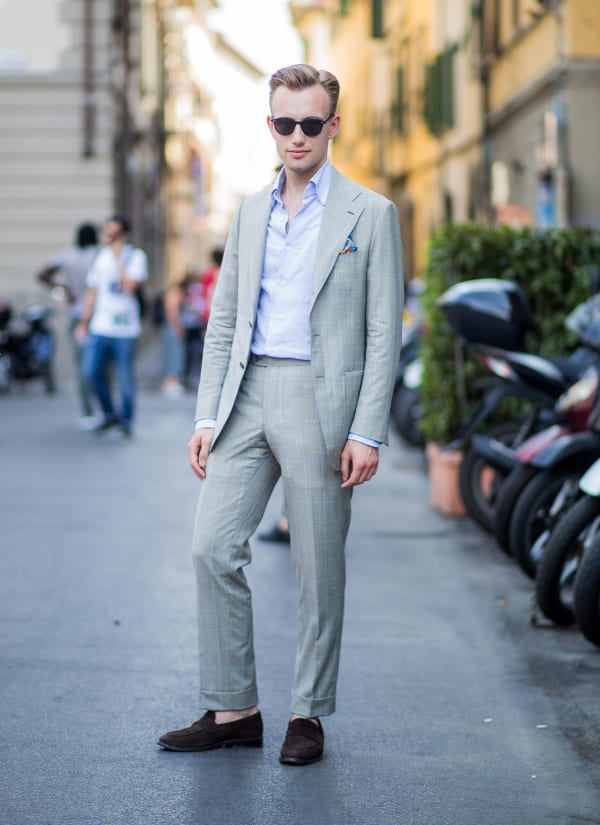 Blazer and pant outfit in light colors