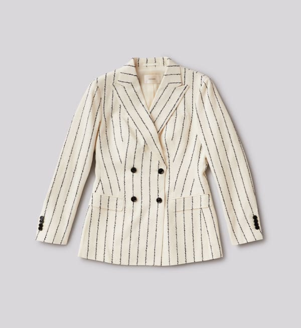 Sustainable-capsule-wardrobe Womens Double-breasted-blazer