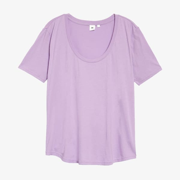 Women's pastel purple scoop neck t-shirt